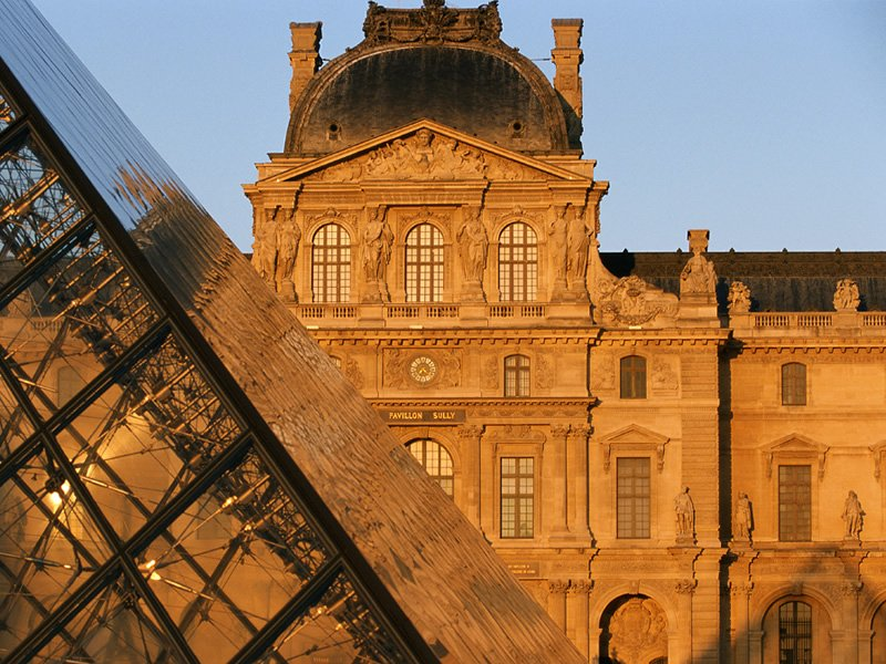 Paris and the Louvre full day tour