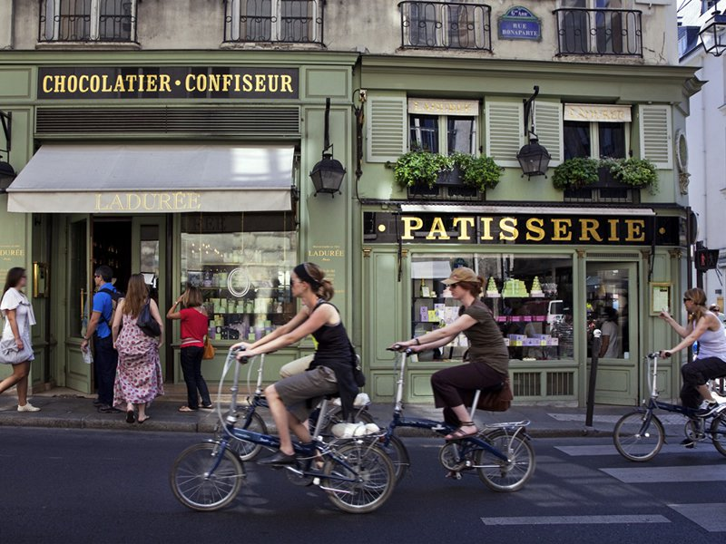 Paris biking tours