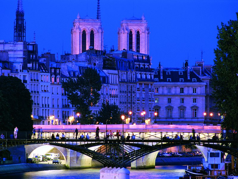Paris package with 5 hotel nights