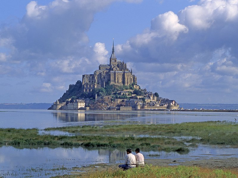 Overnight in Normandy with the Mont-Saint-Michel