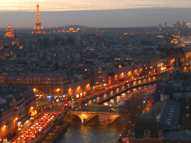 Paris package with 2 hotel nights