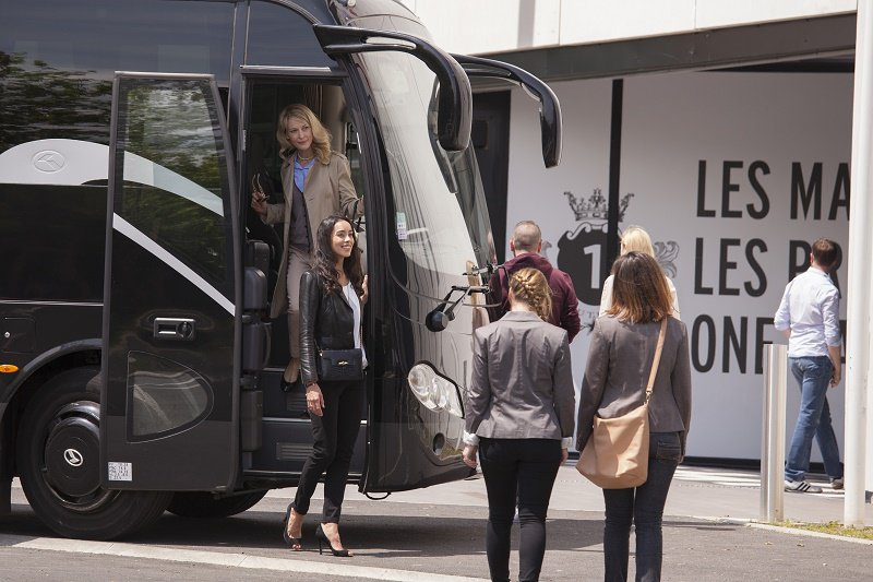 Versailles en bus et shopping a One NationCombinez une matinée de visite et une après-midi de shopping avec cette formule en bus au départ de Paris