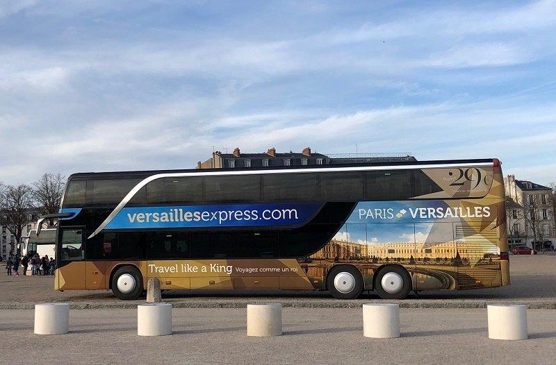 VERSAILLES AU DEPART DE PARISChoisissez une de nos formules au départ de Paris en bus ou en train.